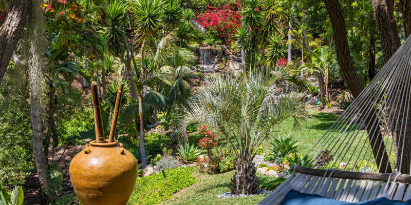 Six Homes Around the World With Glorious Gardens