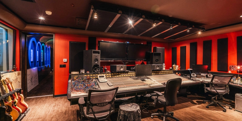 Sneak Peek Inside Rock Legend Tommy Lee's Home Recording Studio